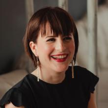 Elisa Canali on #12minconvos podcast with Engel Jones