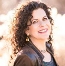 elizabeth-yarnell-is-an-award-winning-author-patented-inventor-educational-entrepreneur-and-board-certified-naturopath-ep2166_thumbnail.png